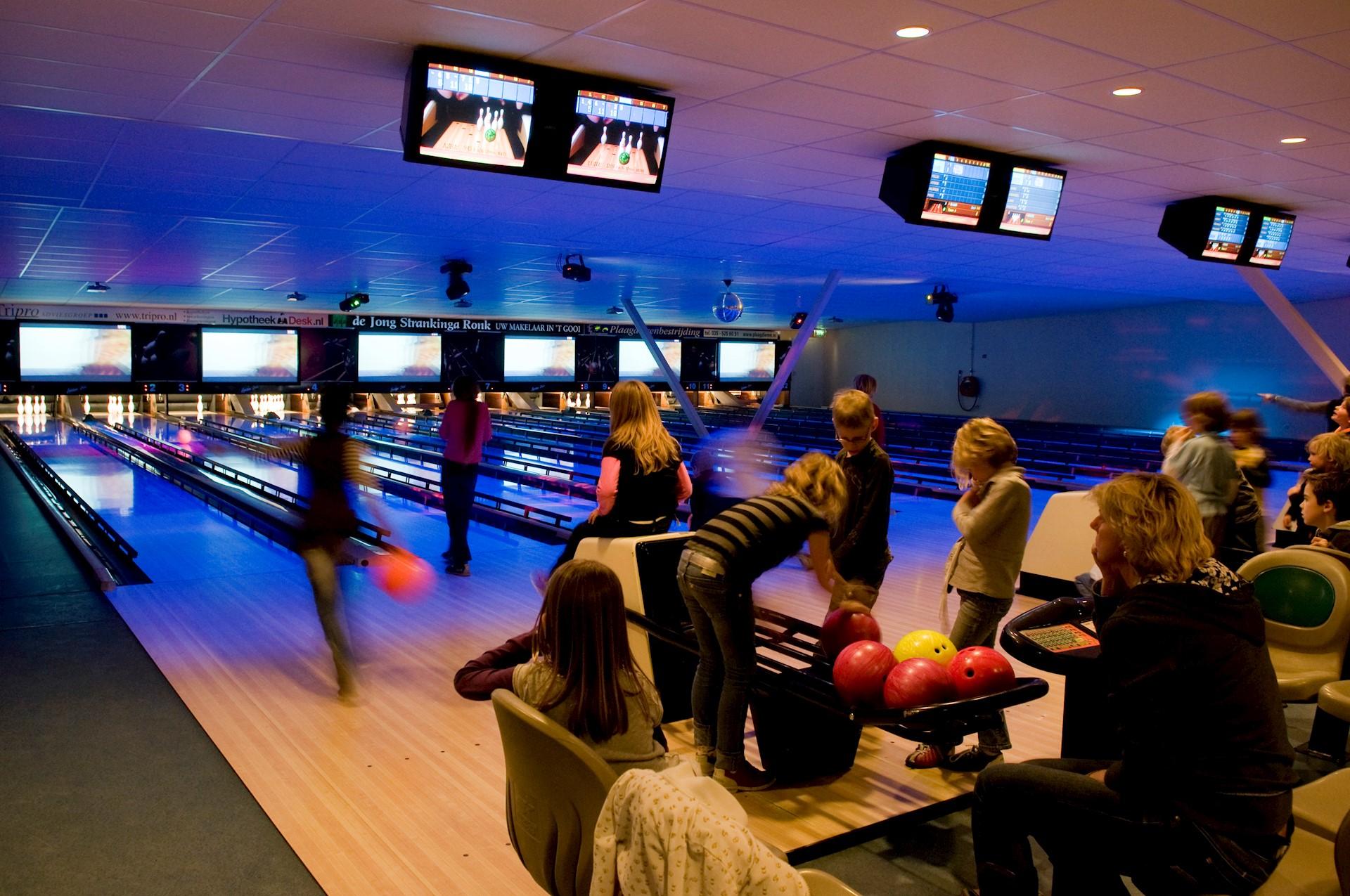 Wolff Bioscoop Huizen : Home bowling huizen
